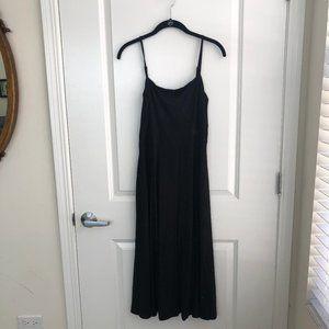 Blacked Ribbed Midi Dress